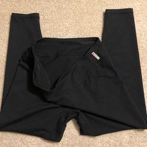 Zella Black Leggings / Yoga Pants